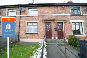 64 Pearse Park Drogheda Co Louth