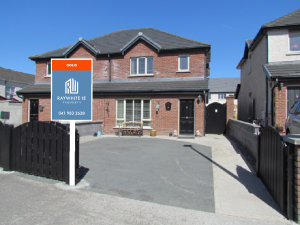 30 Knightswood Drogheda Co Louth