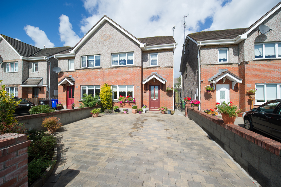 31 Oakwood Park Termon Abbey Drogheda Co Louth