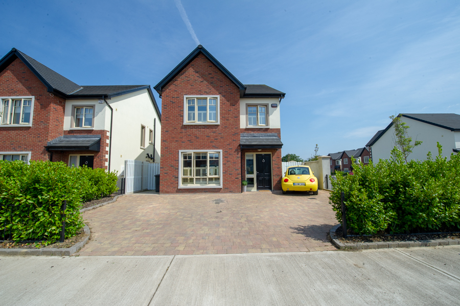 34 Castle Park Termonfeckin Co Louth
